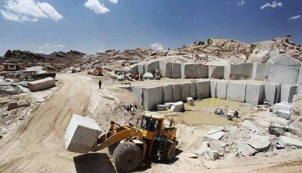 امسال از ۳٫۹ میلیارد دلار طرح معدنی بهرهبرداری میشود