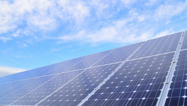 انرژیهای تجدیدپذیر، آری یا نه؟