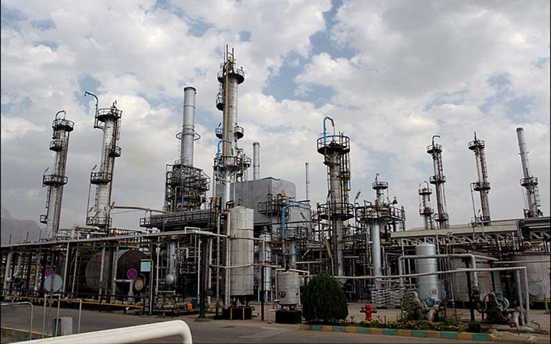 تولید ۱۲.۴ میلیون لیتر بنزین در پالایشگاه آبادان