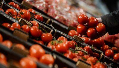 گوجه فرنگی رکورد گرانی را شکست / گوجه در مرکز آمار کیلویی ۵۳۰۰ تومان!