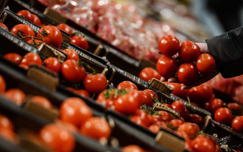 گوجه فرنگی رکورد گرانی را شکست / گوجه در مرکز آمار کیلویی 5300 تومان!