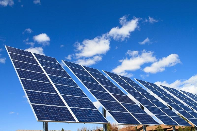 دورنمای انرژی خورشیدی ابری شد