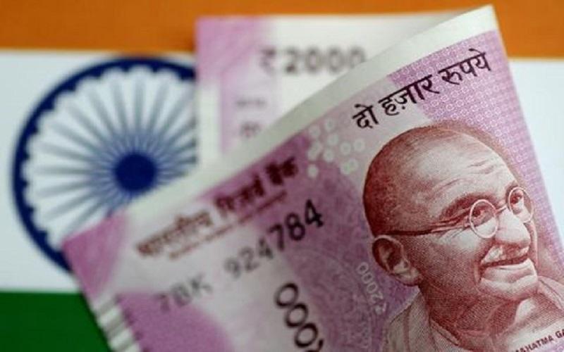 ایران و هند برای دور زدن تحریمها دلار را از تجارت نفت حذف کردند