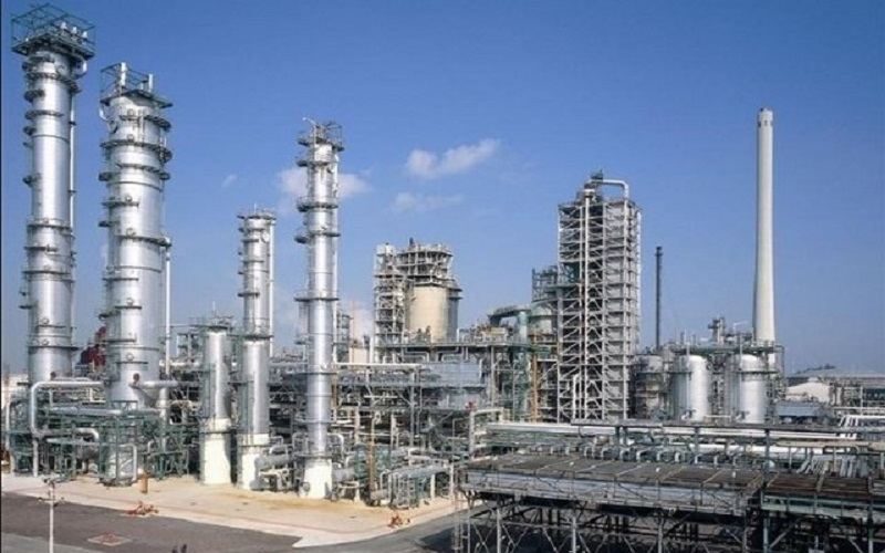 طراحی سه پالایشگاه بزرگ نفتی در جاسک