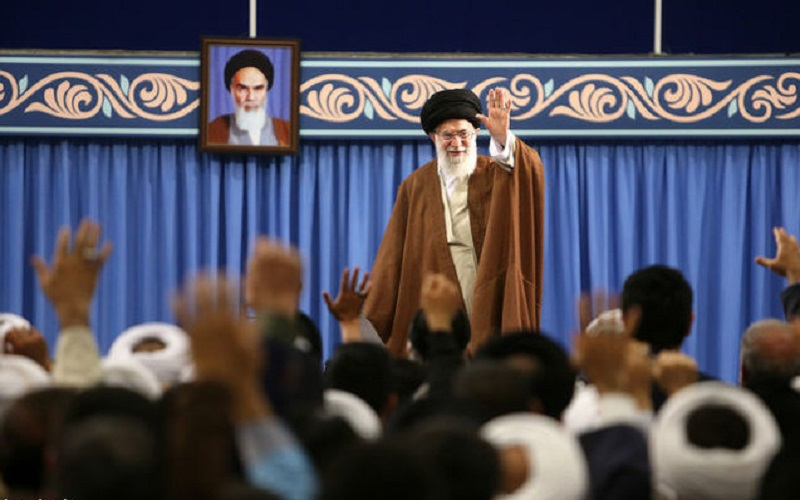 مهمترین نیاز امروز دنیای اسلام، وحدت و پیشرفت علمی است