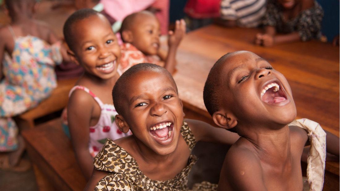 اقتصاد شادی خنده افزایش آسانگیری بهرهوری