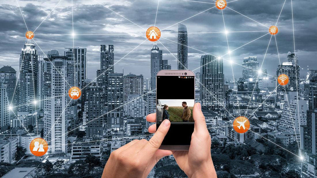 5G نسل پنجم موبایل interstellar