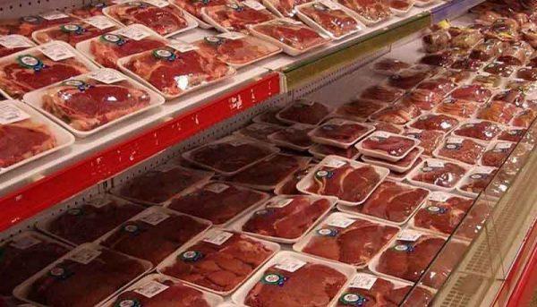 پیشبینی واردات حدود ۱۵۰ هزار تن گوشت به کشور