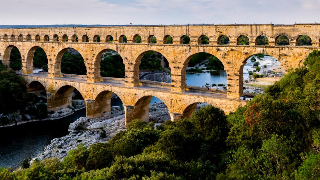 شهرهای زیبا پل قنات رومی فرانسه