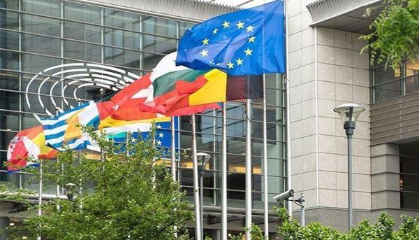 اکبر ترکان: زور اروپا به خزانهداری آمریکا نمیرسد