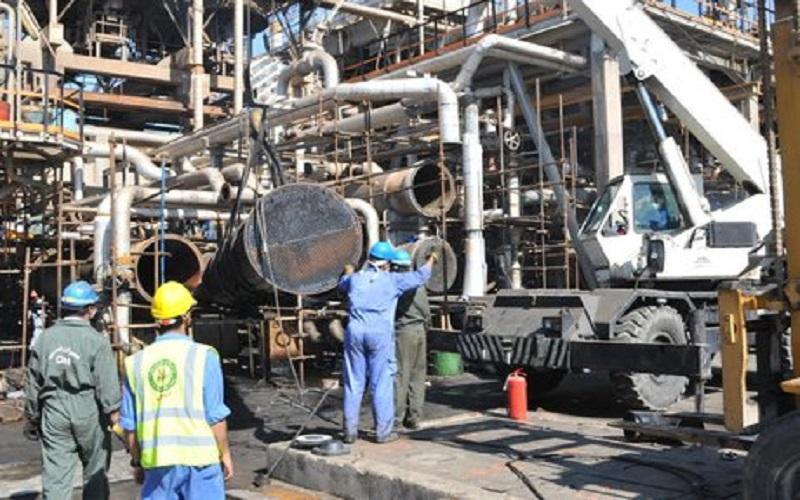 سازندگان داخلی کالاهای مورد نیاز صنعت نفت را نمیدانند