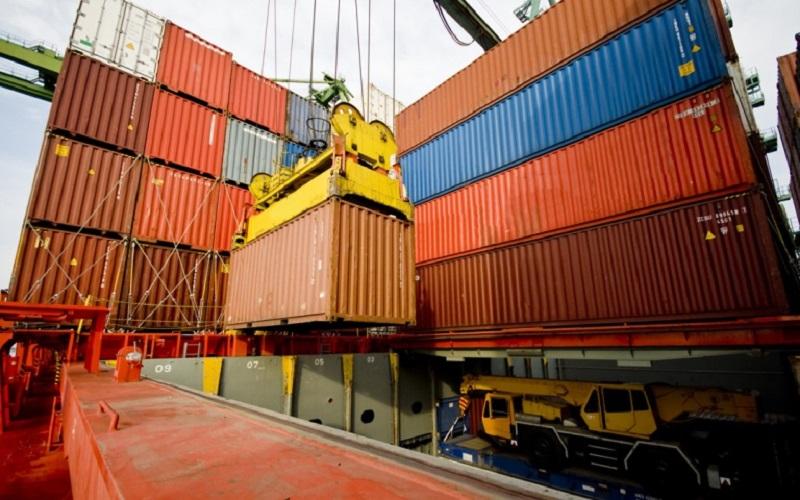 رشد وزنی و ارزشی صادرات کشور در سه ماهه اول امسال