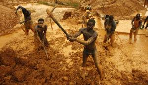 اتحادیه آفریقا بردهداری کارگر طلا