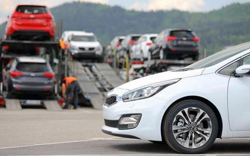 ۲۰ هزار خودروی خارجی وارد بازار خواهند شد