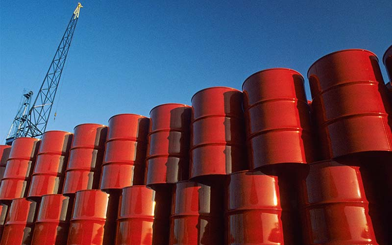 خطر افزایش قیمت سوخت در آغاز تحریمهای ترامپ