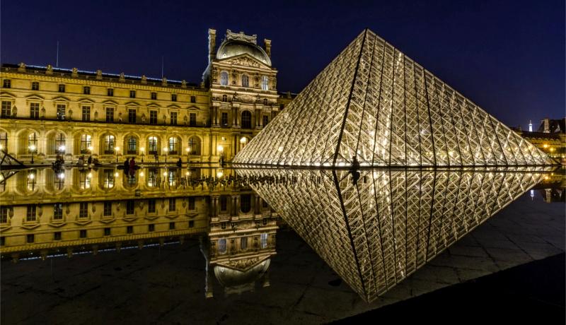 اقتصاد فرانسه موزه لوور