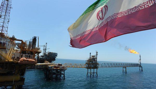 در پاییز نصف نفت ایران متقاضی ندارد