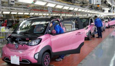 چین در حال تبدیل شدن به رهبر جهانی خودروهای الکتریکی است