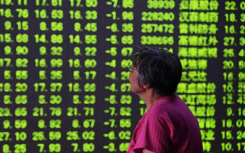 سرگردانی بازار سهام از بالا گرفتن مجدد آتش جنگ تجاری