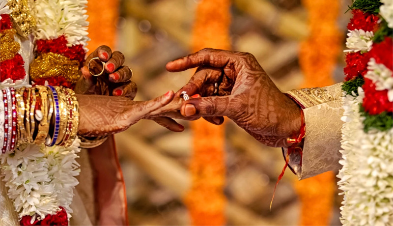 ازدواج هند ثروت شادی پول شاد