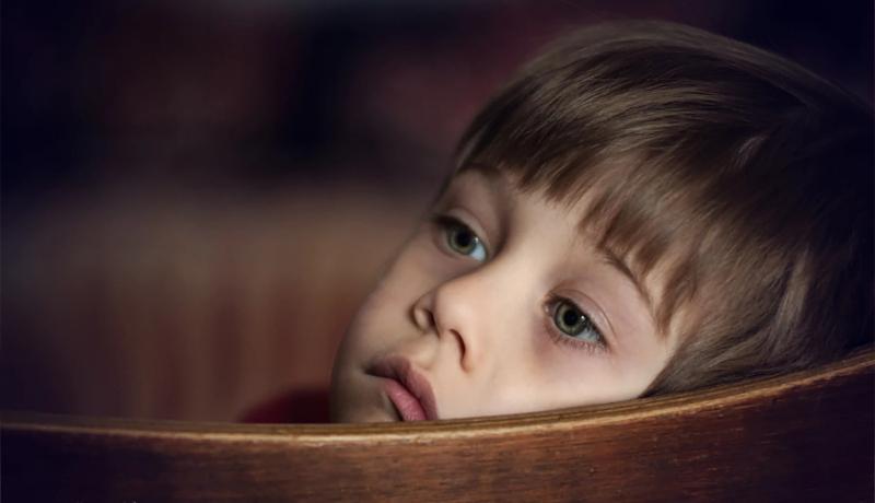 کودکی کلافه خوشبختی و آرامش