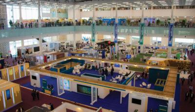 فعالین بومگردی در نمایشگاه ایران مال از کسبوکار خود میگویند