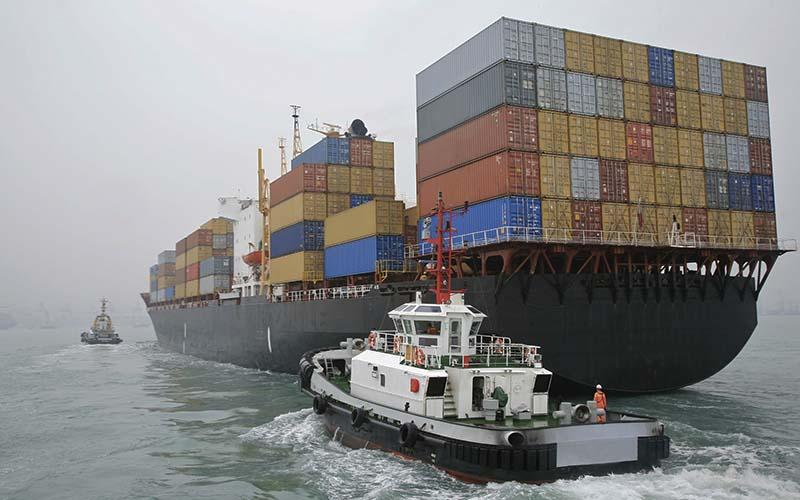 تحریمها فرصتی برای رونق صادرات است