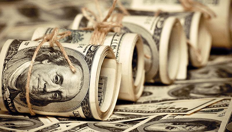 کاهش سهم دلار در ذخایر جهان به دلیل تحریمهای آمریکا