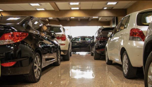 گرانی ۱۰ تا ۳۰ میلیون تومانی خودروهای خارجی
