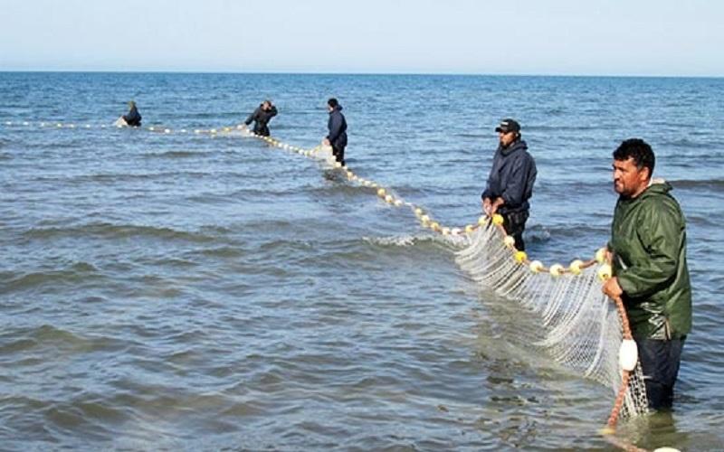 هیچکس جز ایرانیها اجازه صید در آبهای ایران ندارد