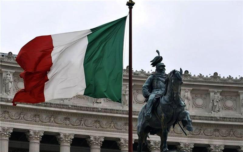 ایتالیا در منطقه یورو باقی خواهد ماند