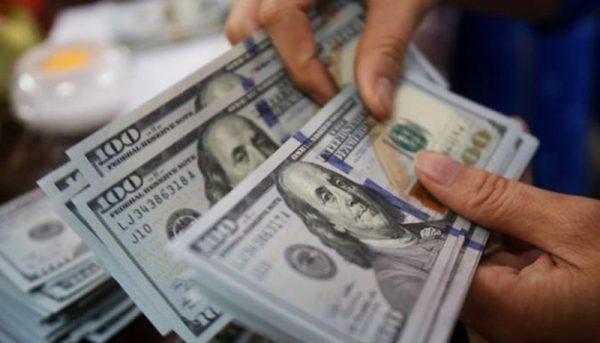 زائران اربعین ارز مسافری ۸ هزار تومانی میگیرند