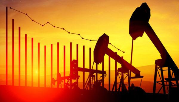قیمت نفت خام با رشد تولید نفت شیل آمریکا افت کرد