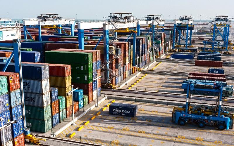 واردات بیش از ۹ میلیون تن کالای اساسی