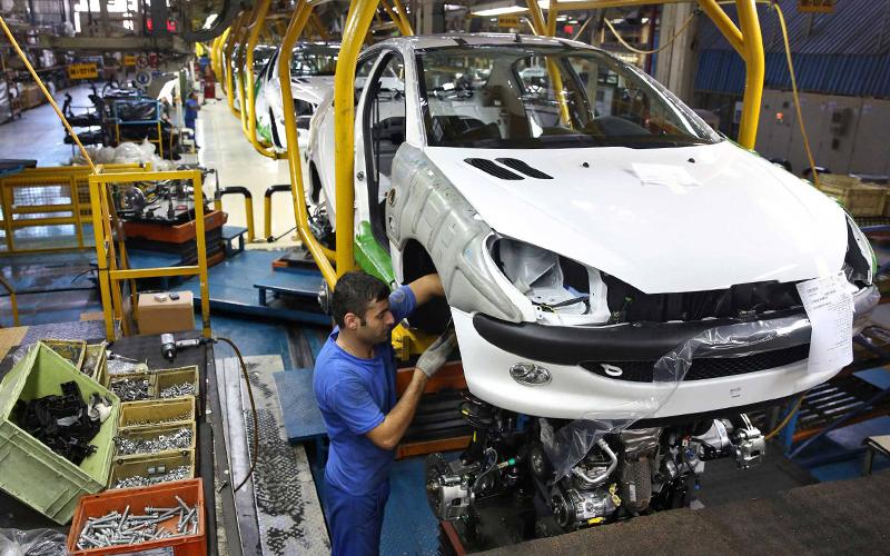 آیا صادرات خودرو در زمان تشدید تحریمها امکانپذیر است؟