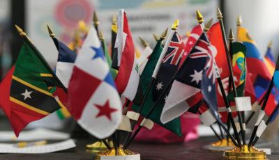 سیاست تجاری از خودکفایی تا جهانیشدن