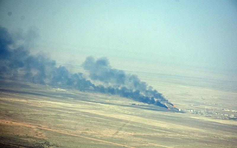 دود آتشسوزی هورالعظیم به آبادان و خرمشهر رسید