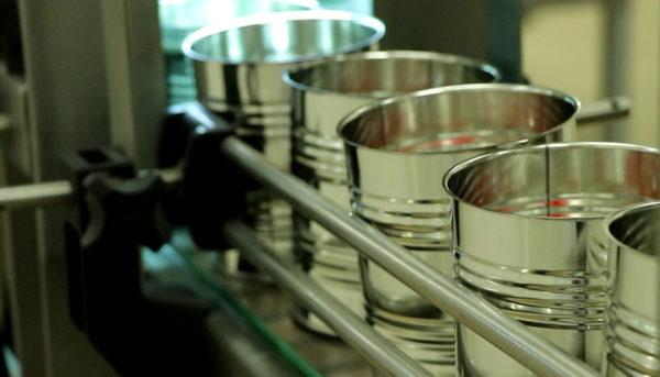 بحران مواد اولیه در صنعت شیرخشک (ویدئو)