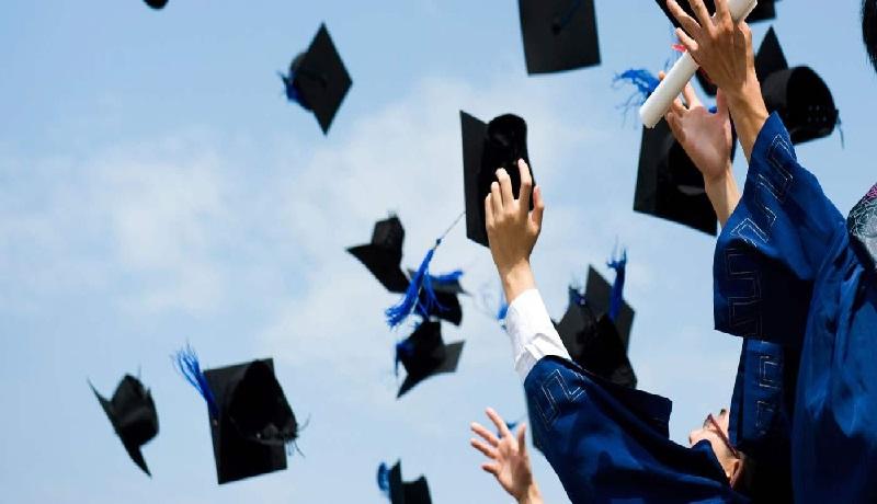 دانشگاه به جای افزایش سرمایه انسانی، بیکار تحصلیکرده تولید میکند