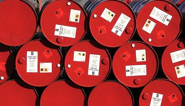 شیب سقوط قیمت نفت تندتر شد