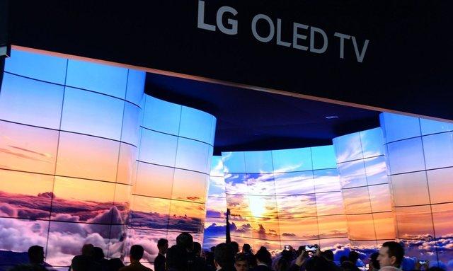 اولین OLED لولهای جهان رونمایی میشود!