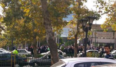 تجمع اعتراضی مالباختگان یک موسسه مالی/سپردههای میلیاردی که هنوز تسویه نشدهاند