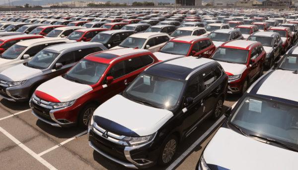 خودروهای دپو شده در گمرک، دو هفته دیگر وارد بازار میشوند