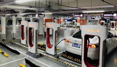 سقوط فروش خودروهای برقی تسلا در چین
