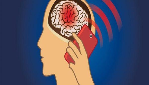 برای کاهش خطرات امواج موبایل چه کنیم؟