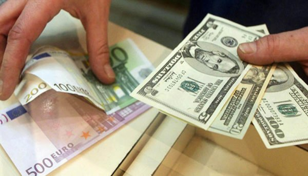 قیمت دلار نیمایی افزایش یافت / نرخ ارز نیمایی در ۳۰ اردیبهشت ۹۹
