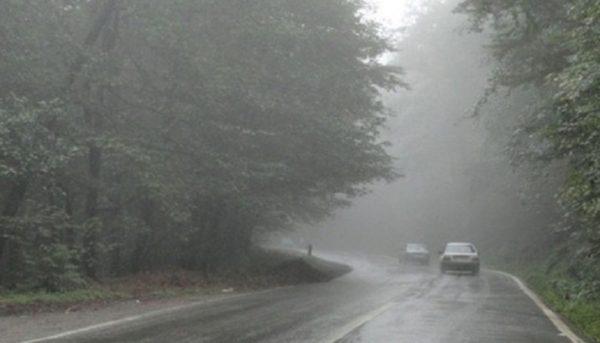 باران و مهگرفتگی در جادههای ۹ استان