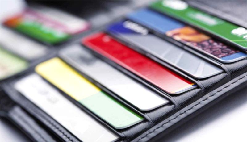 کارتهای بانکی در کیف درگاههای پرداخت اینترنتی