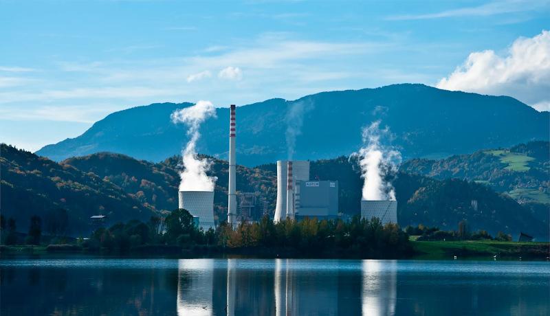 نیروگاه سوخت فسیلی انرژی هستهای زمین پاک