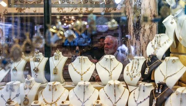 پیشبینی قیمت طلا تا پایان هفته / قیمت طلا و سکه ارزان میشود